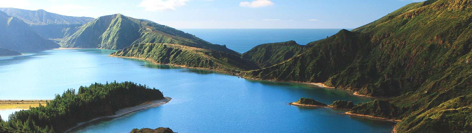 Lagon de Feu sur l'ile de Sao Miguel aux Açores
