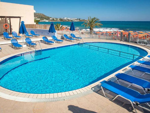 Hôtel Eleni Beach 3*